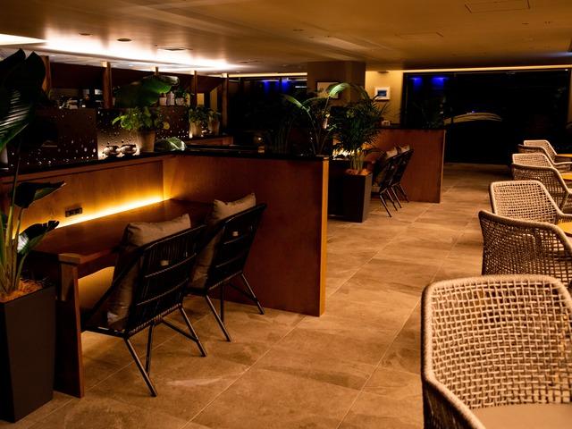 グランディスタイル沖縄読谷ホテル&リゾート CAFE LOUNGE「CHILLAX」